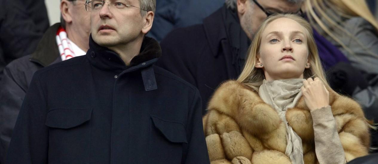 Dmitry Rybolovlev durante uma partida do AS Monaco. Divórcio de magnata russo é apontado como o mais caro de todos os tempos Foto: PHILIPPE MERLE / AFP