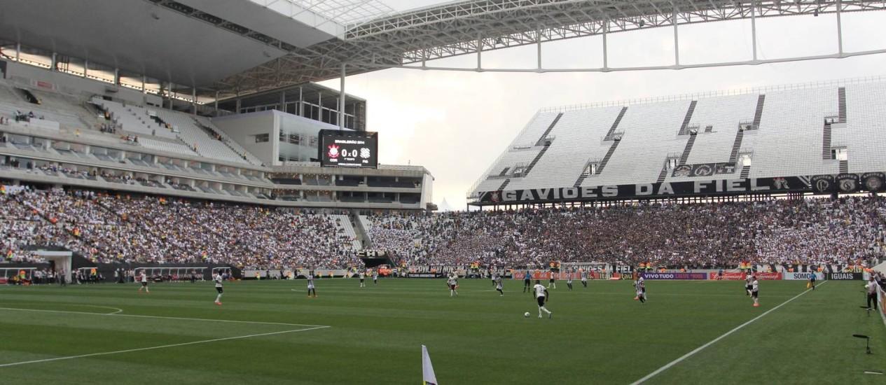 O Itaquerão recebeu, domingo, o jogo entre Corinthians e Figueirense Foto: Michel Filho / Agência O Globo