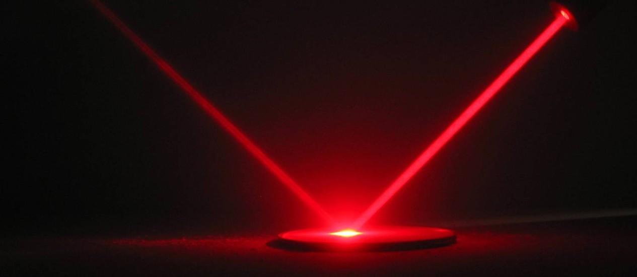 O experimento deverá recriar o que se acredita acontecer em grandes explosões estelares conhecidas como supernovas Foto: StockPhoto