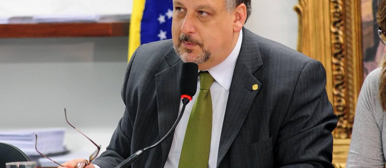 Ministro Ricardo Berzoini pediu a líderes da base para que impeçam aprovação da PEC Foto: Agência Câmara/Gustavo Lima/5/6-2012 / Agência Câmara/05-06-2012