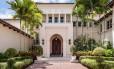 A mansão está à venda em Boca Raton, Flórida, por US$ 35 milhões (R$ 77 milhões)