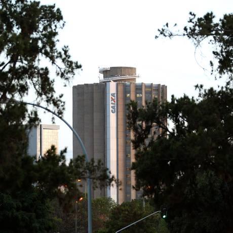 Prédio da Caixa em Brasília Foto: Gregg Newton / Bloomberg News