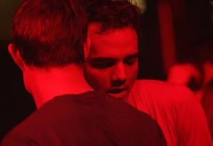 De capitão Nascimento a salva-vidas gay: Wagner Moura vive o protagonista do filme