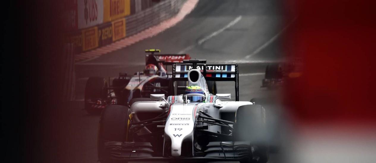 Felipe Massa, da Willians, na pista de Mônaco: 16º tempo Foto: ANNE-CHRISTINE POUJOULAT/AFP