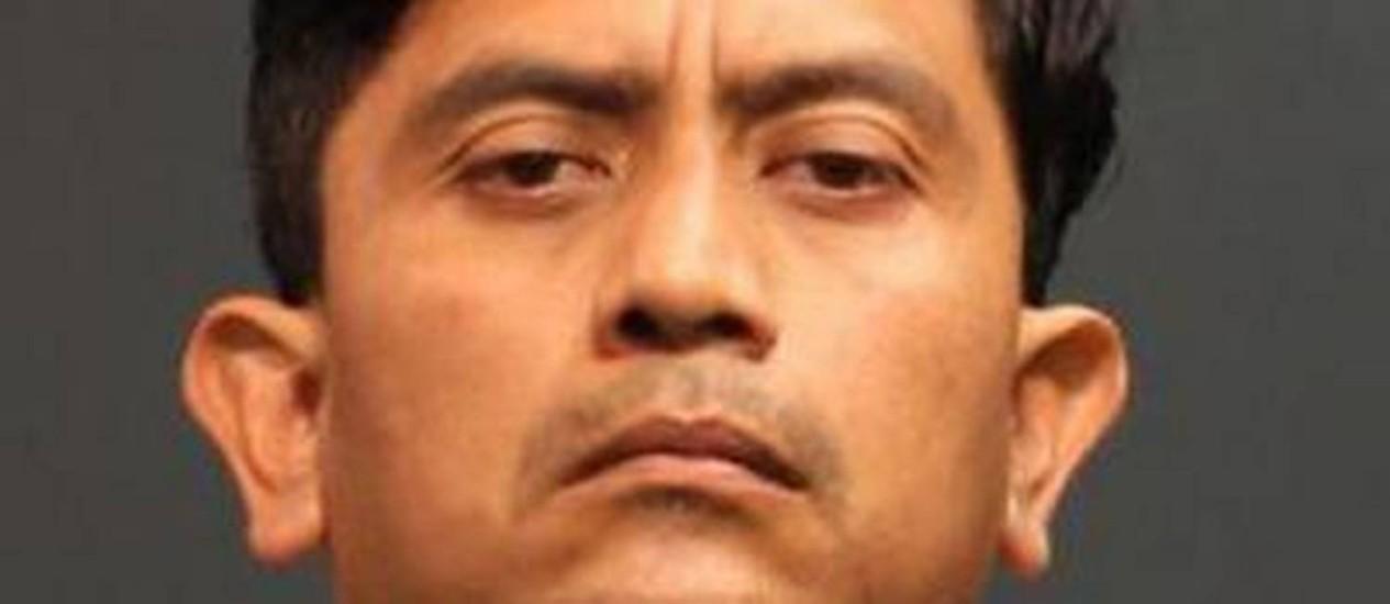Isidro Garcia de 41 anos, violentou várias vezes a jovem, após sequestrá-la em 2004 Foto: HANDOUT/REUTERS