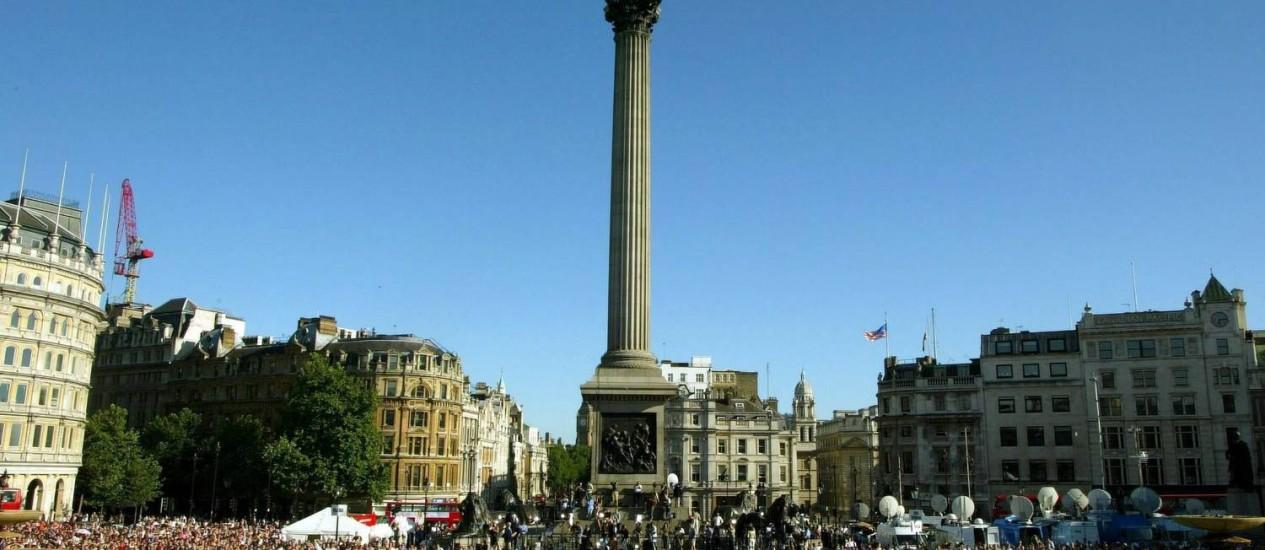 Concentração na Praça Trafalgar: local de festas e manifestações em Londres Foto: Geoff Caddick / EFE/Geoff Caddick/14-7-2005