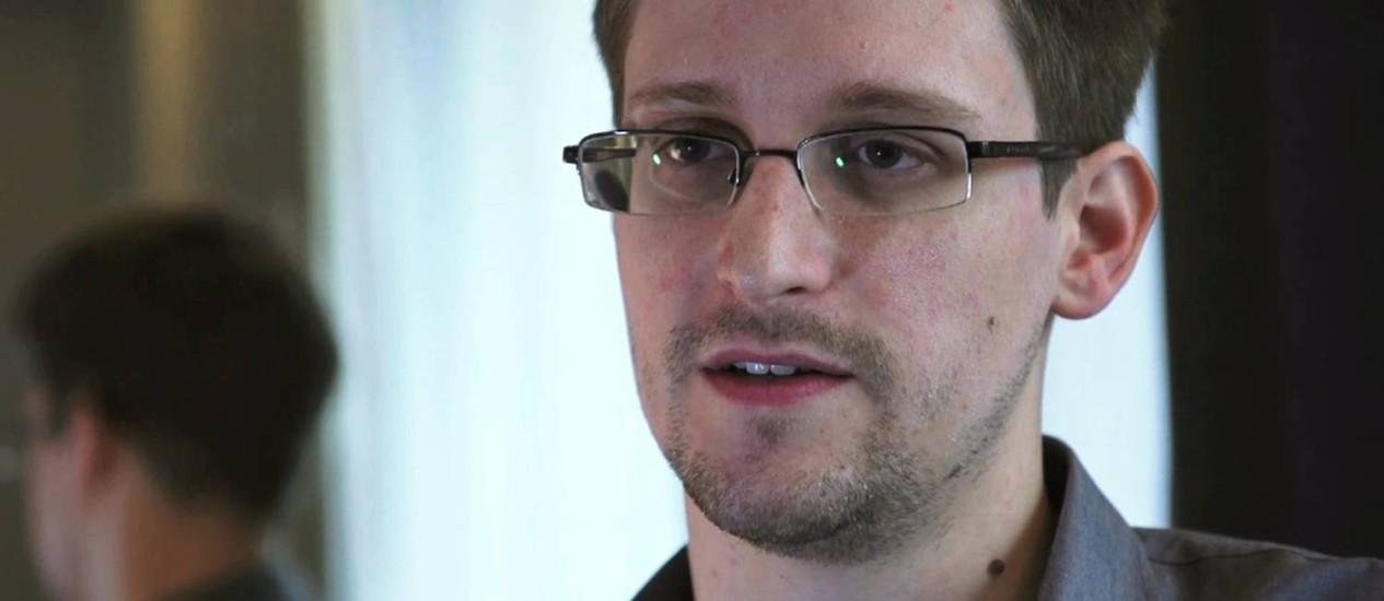 Há cerca de um ano, o ex-ténico da NSA Edward Snowden vazou documentos confidenciais do governo americano Foto: The Guardian / REUTERS