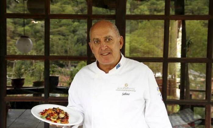 O chef Márcio Sabino, do Taberna de Darwin Foto: Agência O Globo / Hudson Pontes