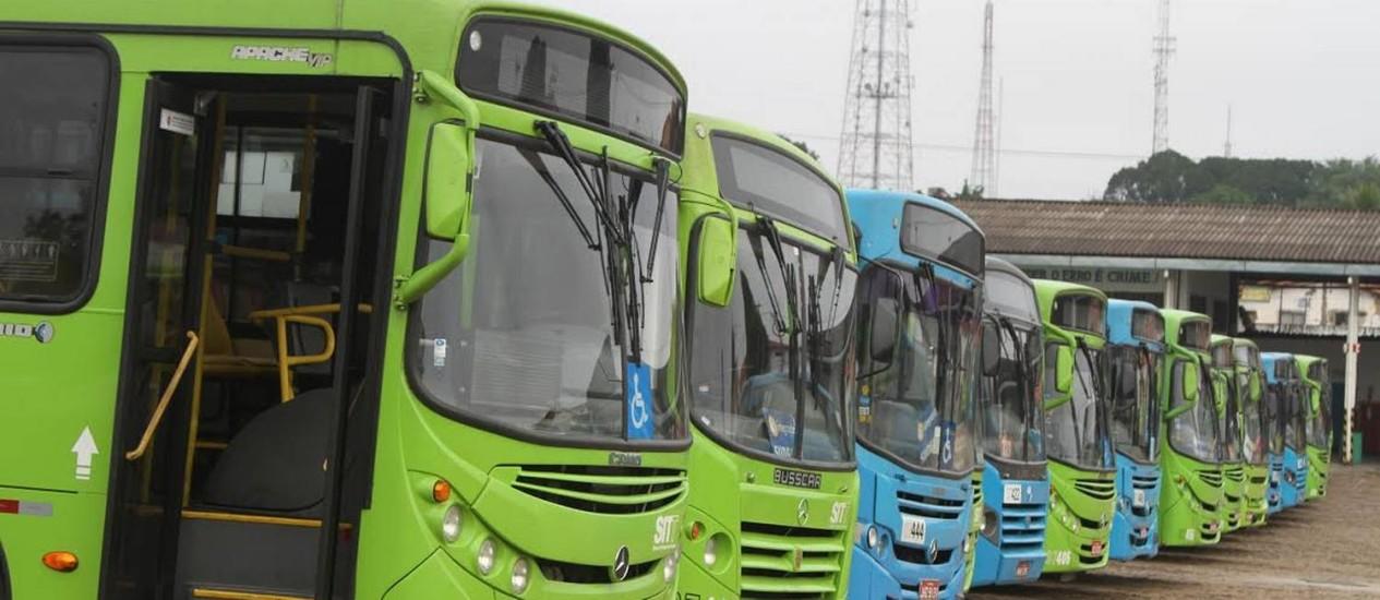 Ônibus não saíram das garagens em Teresina Foto: Kelson Fontinele