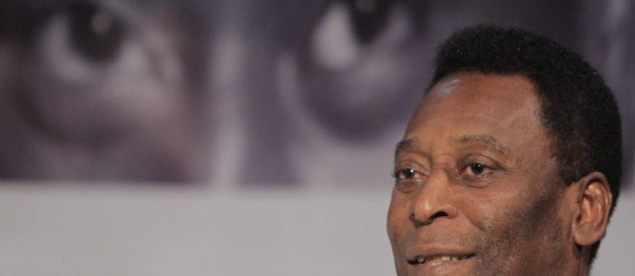 Pelé abriu o ciclo de encontros da Apple Store do VillageMall Foto: Eliaria Andrade / Agência O Globo