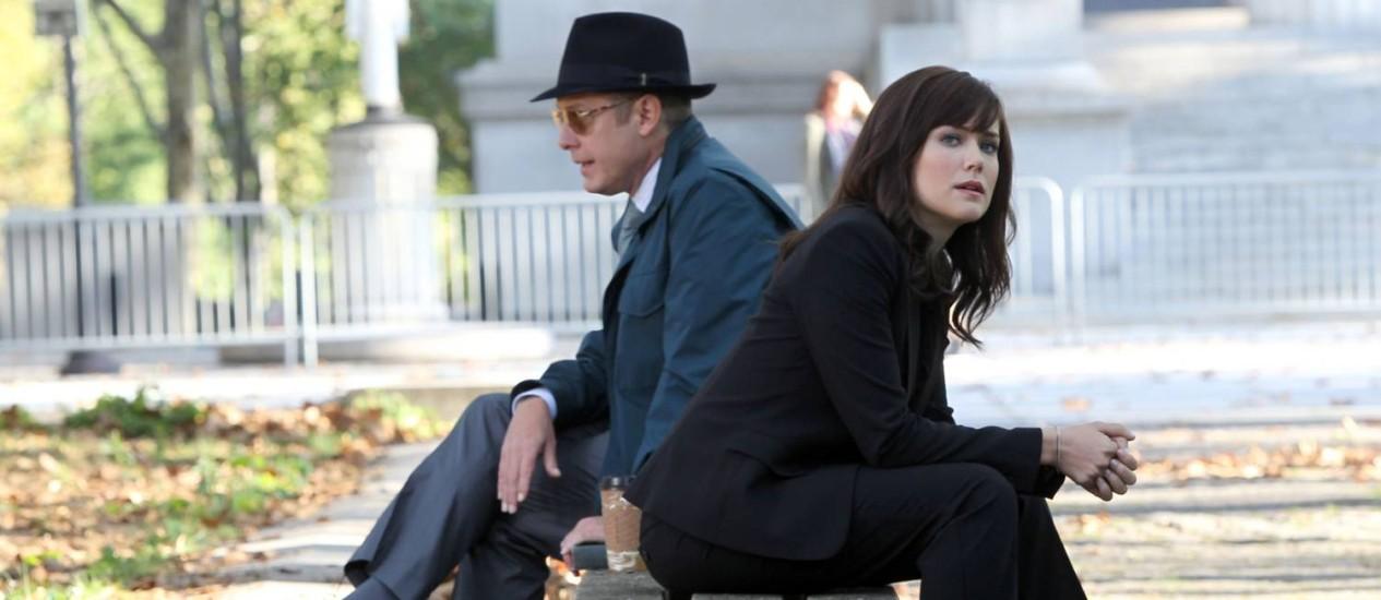 """James Spader e Megan Boone em cena de """"The blacklist"""" Foto: Reprodução"""