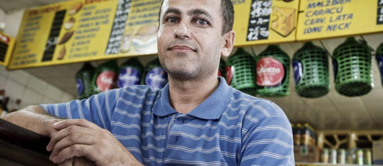 """Eduardo: """"Até hoje não acredito quando vejo meu trabalho na TV"""" Foto: Guito Moreto / Agência O GLOBO"""