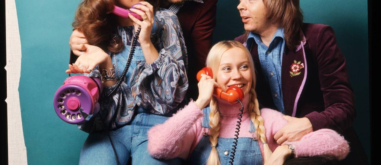 Mamma mia! Os então casais Anni-Frid e Benny (à esquerda) e Agnetha e Björn: amor e desamor dos quatro foi parar no repertório Foto: Divulgação / Divulgação