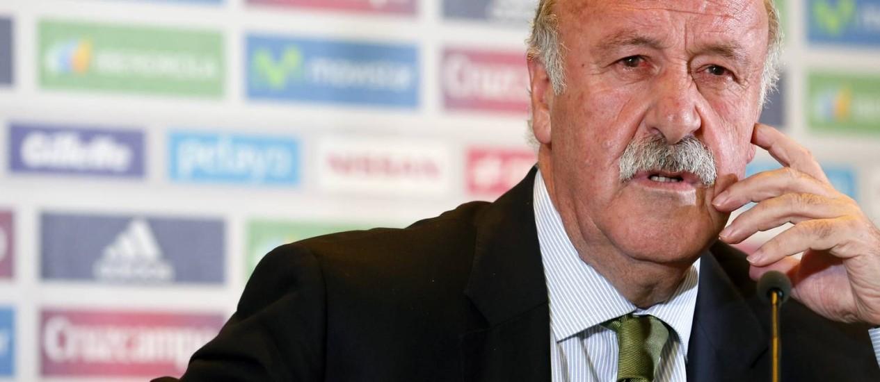 Vicente Del Bosque, técnico da Espanha, diz que só vai convocar quem estiver bem fisicamente para a Copa Foto: Cesar Manso / AFP