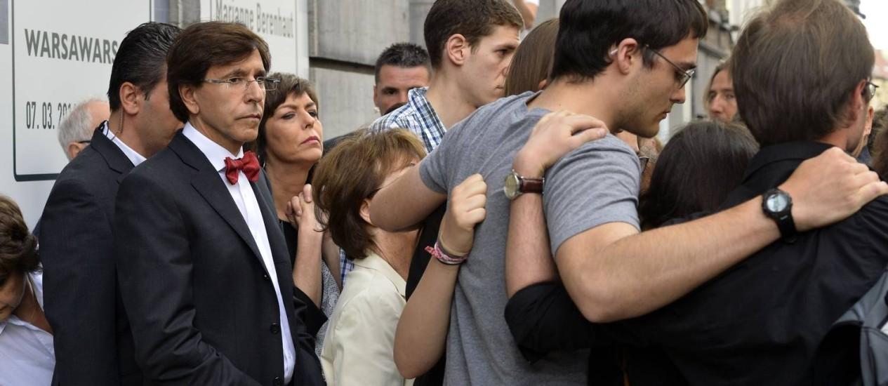 Ministros belgas se reúnem em cerimônia após atentado no Museu Judaico. Ataques antisemitas foram registrados na França após ataque em Bruxelas Foto: BENOIT DOPPAGNE / AFP