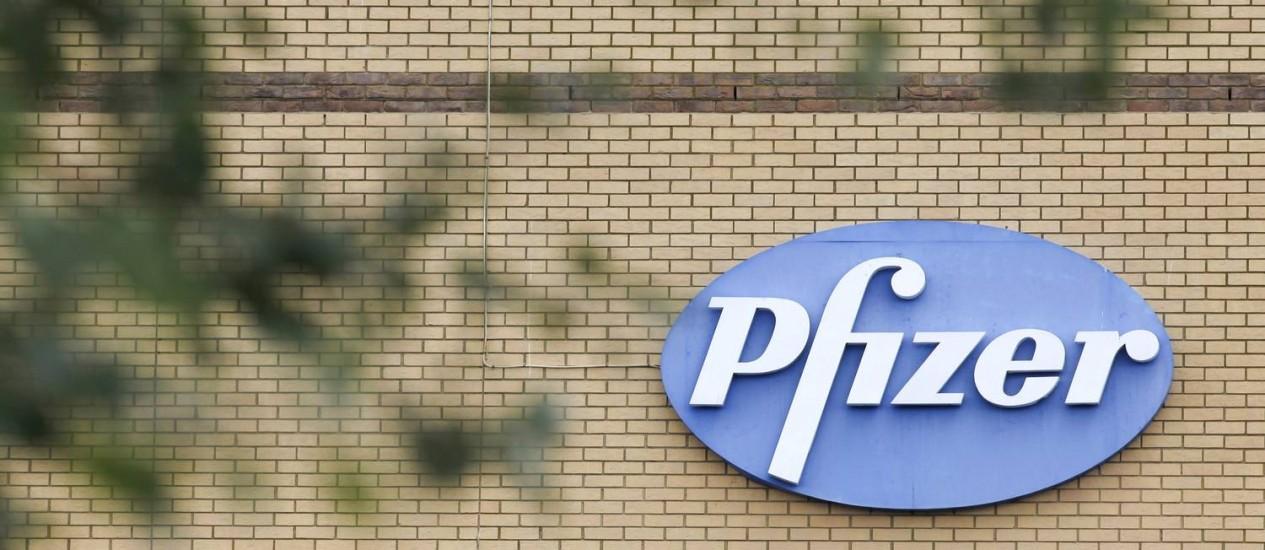 Pfizer terá de esperar no mínimo seis meses para voltar a fazer uma nova proposta a uma empresa britânica Foto: Terceiro / Agência O Globo