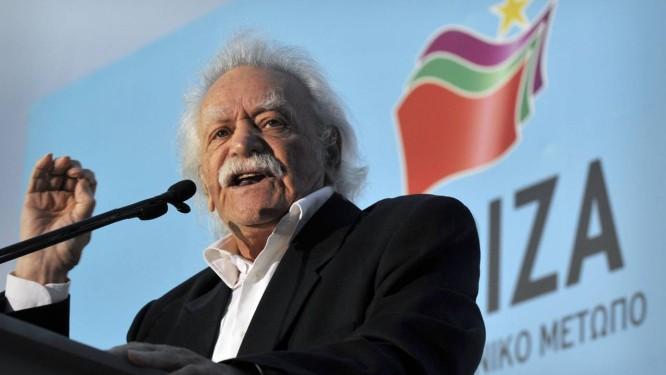 Manolis Glezos. Herói da resist~encia grega foi eleito para o Parlamento Europeu aos 91 anos Foto: AFP