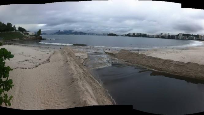 Língua negra assusta niteroienses na praia de Icaraí, na Zona Sul Foto: Foto do Leitor/ Paulo Barroso