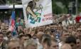 Mineiros ucranianos participam de protesto em apoio à autodeclarada República Popular de Donetsk