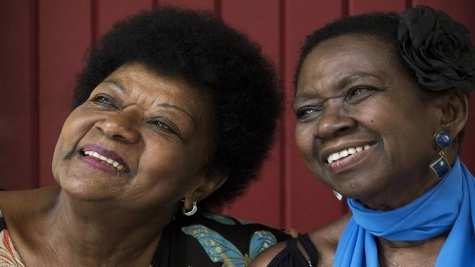 Amigas há mais de 50 anos, Áurea Martins e Alaíde Costa eram admiradas por Elizeth Foto: Guito Moreto