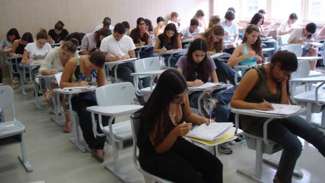 Pesquisadora questiona avaliação da qualidade somente por índices de provas Foto: Agência O Globo