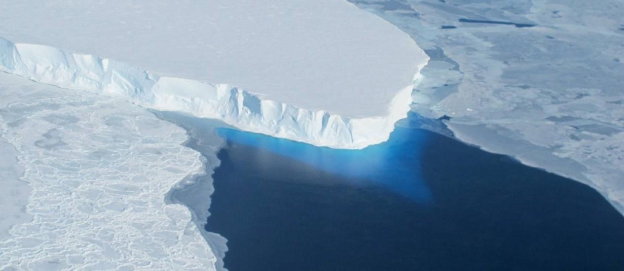 Análise foi feita com base na avaliação de detritos encontrados em icebergs Foto: AFP PHOTO