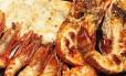 Dos preferidos: Camarão ajillo: azeite, alho, vinho e pimenta calabresa