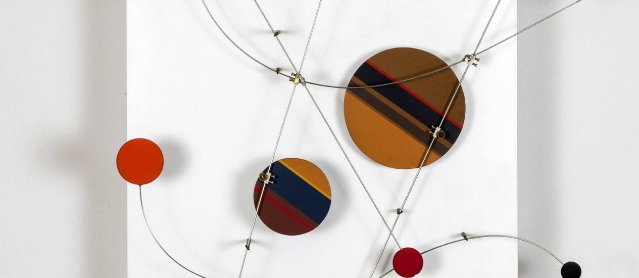 """""""Objeto cinético"""" (1966-2005). Peça de Abraham Palatnik, artista homenageado na mostra """"Cor, luz e movimento"""" Foto: Divulgação"""
