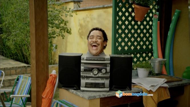 Músico baiano é garoto-propaganda de uma das peças veiculadas pela campanha publicitária da empresa Foto: Divulgação