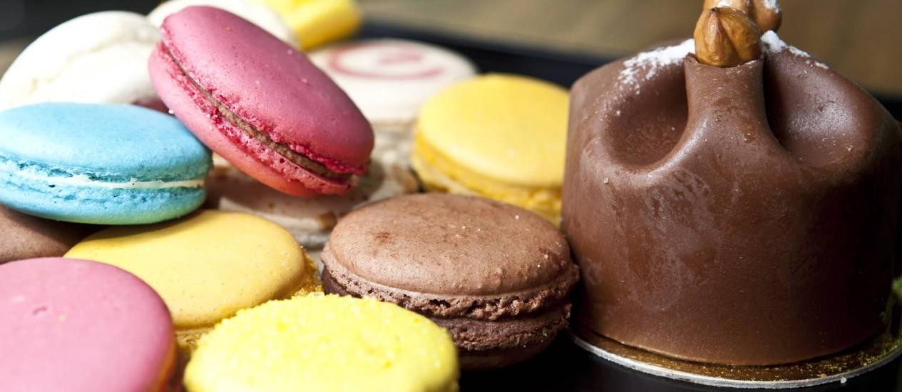 Sucesso. Macarrons e rochers são alguns dos doces mais consumidos Foto: Bárbara Lopes / Agência O Globo