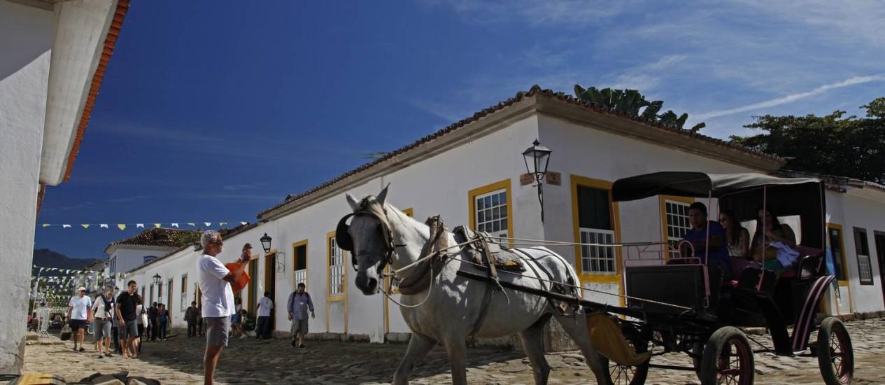 As ruas calçadas de Paraty num dia de sol Foto: André Teixeira / O Globo