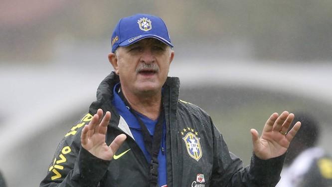 O tecnico Luiz Felipe Scolari admitiu que pode poupar jogadores no amistoso contra o Panamá Foto: Ivo González