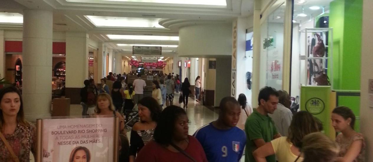 Movimento em shopping do Rio Foto: Divulgação