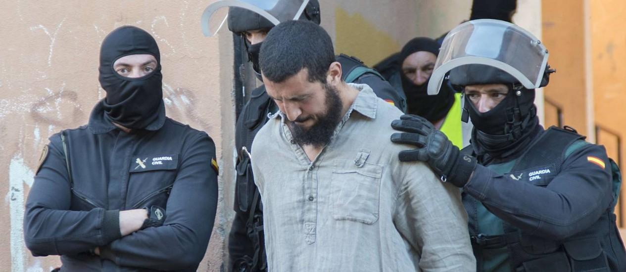 Forças de segurança da Espanha detiveram suposto jihadista espanhol em Melilla Foto: BLASCO DE AVELLANEDA / AFP