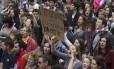 Protesto contra a extrema-direita na França: lei fo país exige um pedido oficial dos manifestantes às autoridades