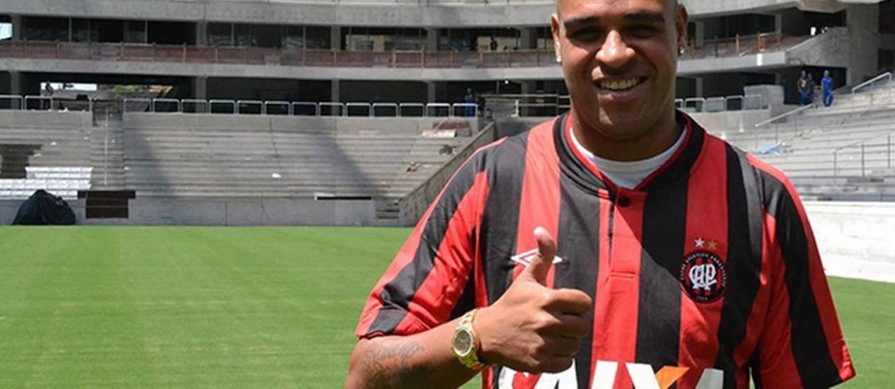 Adriano Imperador, no Atlético Paranaense Foto: Divulgação/Mauricio Mano