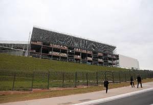 Uma das laterais do estádio, que será palco da estreia da Copa do Mundo, entre Brasil e Croácia Foto: Rafael Moraes / Agência O Globo