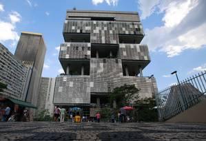 Sede da Petrobras na Avenida Chile Foto: Pedro Kirilos/21-3-2014