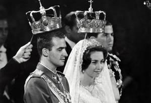 Luxo e pompa no casamento do então príncipe Juan Carlos da Espanha com a princesa Sofia da Grécia, em Atenas, em maio de 1962 Foto: HO / AFP
