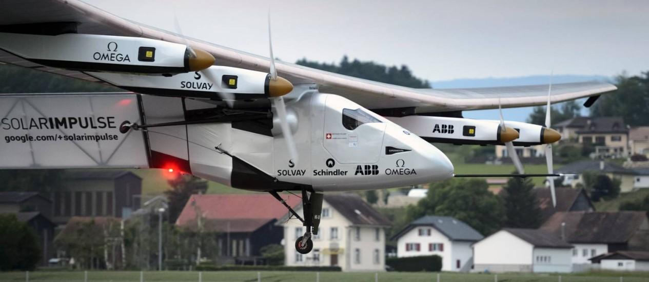 A aeronave voou por duas horas e 15 minutos. Foto: REUTERS/Laurent Gillieron/Pool / REUTERS/Laurent Gillieron/Pool