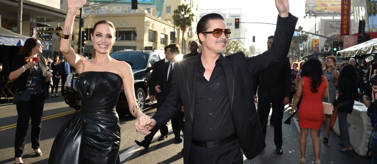 Angelina Jolie e Brad Pitt durante a pré-estreia de 'Malévola' em Los Angeles Foto: John Shearer / John Shearer/Invision/AP