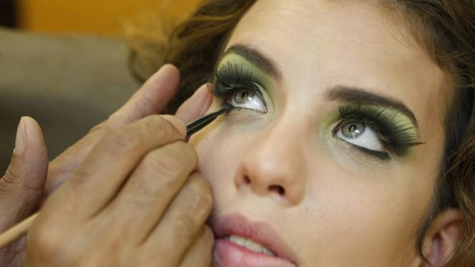9a5b3a3b0c Maquiagem verde e amarela na Copa - Jornal O Globo