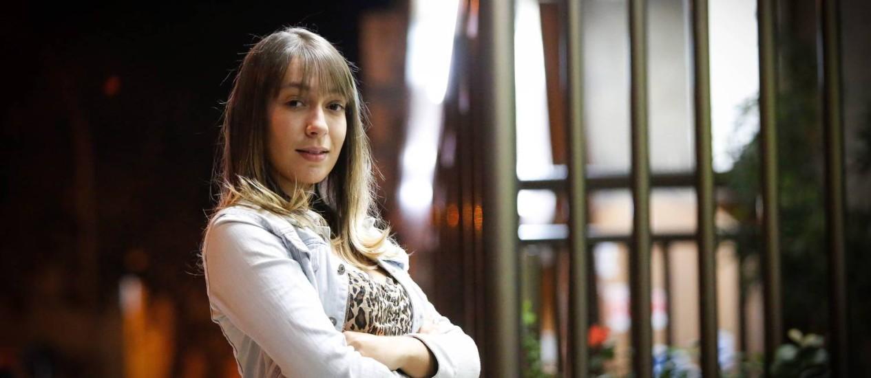 Yasmin Ferreira, após um ano e meia ouvindo cantadas desrespeitosas, denunciou porteiro em público Foto: Pablo Jacob / Agência O Globo