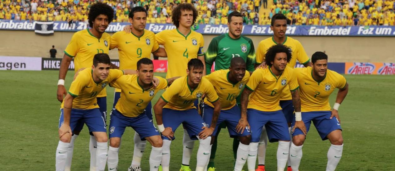 A seleção brasileira que vai disputar a Copa do Mundo Foto: Marcelo Theobald / Extra