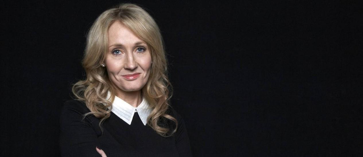 J.K. Rowling em 2012: segundo livro com o pseudônimo Robert Galbraith Foto: AP