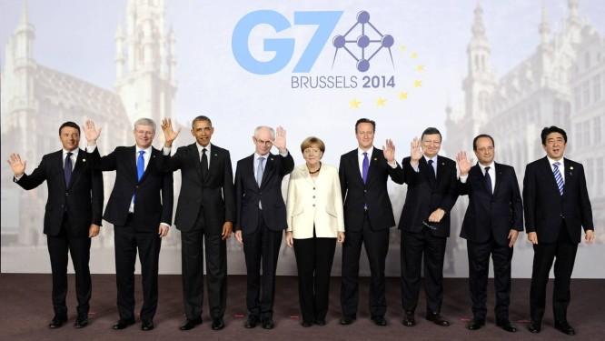 Líderes posam para foto durante cúpula do G7 na sede do Conselho Europeu, em Bruxelas Foto: JOHN THYS / AFP