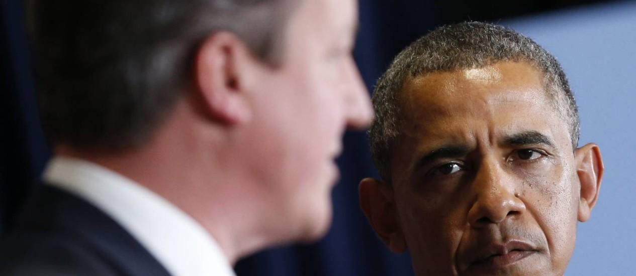 Premier britânico, David Cameron, e o presidente dos EUA, Barack Obama, participam de entrevista coletiva no fim da cúpula do G7, em Bruxelas Foto: YVES HERMAN / REUTERS