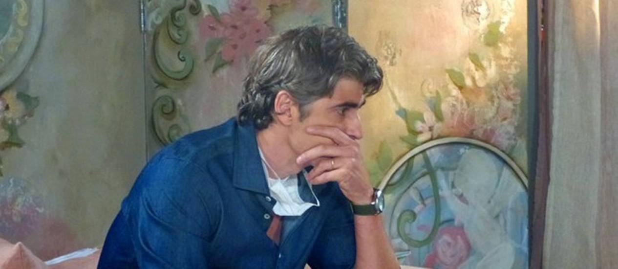 Cadu se chateia ao imaginar Clara e Marina juntas Foto: Divulgação/ TV Globo