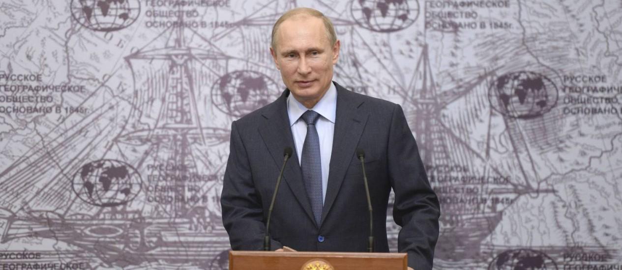 """Presidente russo disse que Hillary nem sempre foi """"graciosa"""" em suas declarações Foto: RIA Novosti / REUTERS"""
