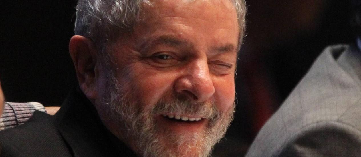 O ex-presidente Luiz Inácio Lula da Silva reconheceu que inflação deve ser combatida com urgência Foto: Fernando Donasci / O Globo (30/04/2014)